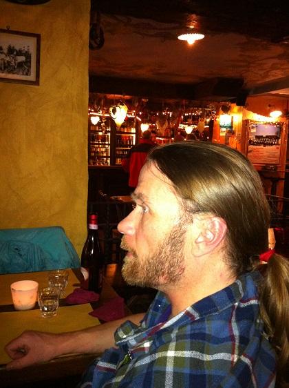Johan på Simonettas Village Rock Café